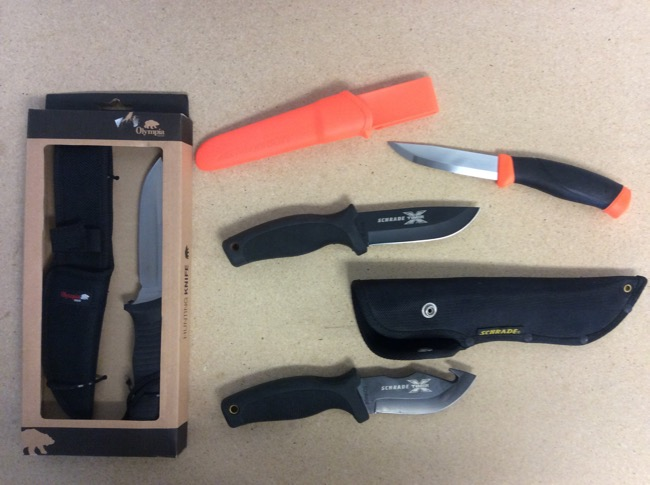 Skinning Knives w/Fixed Blade