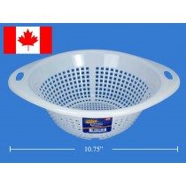 "Royal Plastic Colander ~ 10.75"" Diameter"