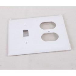 Combination Switch & Duplex Outlet Cover ~ White