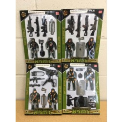 Soilder Action Figure Play Set ~ 4 assorted